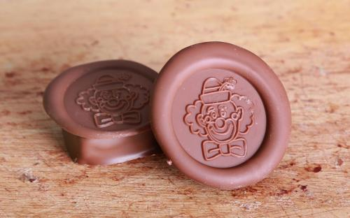 Chocolate_coin_2